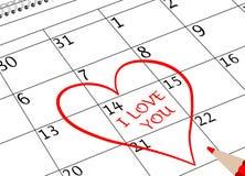 Valentinstag-ich liebe dich Kalender-Seite mit Herzen und Bleistift stockfoto