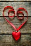 Valentinstaghintergrund mit Inneren Lizenzfreie Stockfotografie