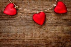 Valentinstaghintergrund mit Inneren lizenzfreie stockbilder