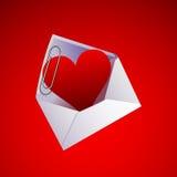 Valentinstaginneres und -clip in einem Umschlag Lizenzfreie Stockfotografie