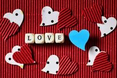 Valentinstagpapierherz Stockfotos