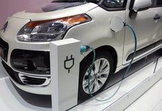 Valeo elektrisches Fahrzeugsystem an der Paris-Autoausstellung Stockfotos