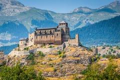 Valere-Basilika und Tourbillon-Schloss, Sion, die Schweiz stockbilder