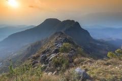 Valey hermoso de la opini?n de la puesta del sol de Bandipur Nepal imagen de archivo libre de regalías