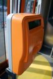Validation de la machine dans le tramway, chariot, tramway Images stock