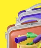 Valises et jouets Photographie stock