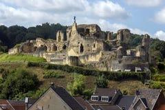 Valkenburg slott - Nederländerna arkivfoton
