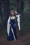 Valkyrie warrioress στο κοστούμι κισσών στοκ εικόνες με δικαίωμα ελεύθερης χρήσης