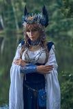 Valkyrie warrioress στο κοστούμι κισσών στοκ φωτογραφία με δικαίωμα ελεύθερης χρήσης