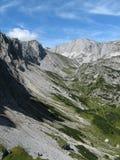 Vallée alpine Photo libre de droits
