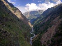 Vallée avec la rivière de Ravi photos libres de droits