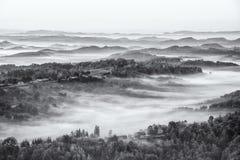 Vallée brumeuse Image libre de droits