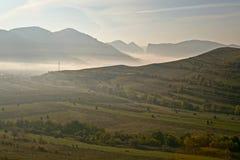 Vallée brumeuse aux gorges de Turda Photo stock
