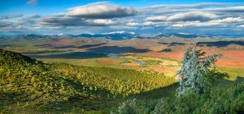 Vallée d'automne photos libres de droits