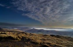 Vallée d'espoir avant coucher du soleil Image stock