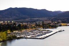 Vallée d'Okanagan de paysage urbain d'horizon de ville de Penticton Images stock