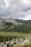Vallée dans les montagnes occidentales de Sayan Photo stock