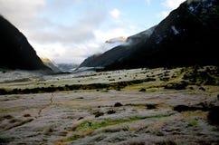 Vallée de la Sibérie ; Parc national aspirant de bâti, île du sud de Ne Photos stock