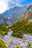 Vallée de montagnes près de Koenigssee, Konigsee, parc national de Berchtesgaden, Bavière, Allemagne image stock