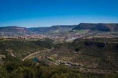 Vallée de ville de Millau dans les Frances images libres de droits
