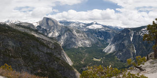 Vallée de Yosemite de panorama Photos libres de droits
