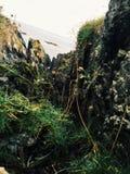Vallée en Irlande avec la mer autre  Photos libres de droits