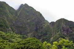 Vallée Maui d'Iao de montagnes Photographie stock