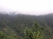 Vallée verte de montagne Image libre de droits