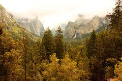 vallée yosemite d'automne Photos stock