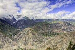 Vallées profondes de montagne Photo stock