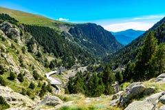 Vall de Nuria στα καταλανικά Πυρηναία, Ισπανία στοκ φωτογραφίες