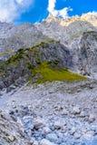 Vall?e de montagnes pr?s de Koenigssee, Konigsee, parc national de Berchtesgaden, Bavi?re, Allemagne photographie stock