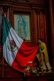 VALLADOLID, MÉXICO - 12 DE NOVIEMBRE DE 2017: Vista interior de la iglesia del santo Servatius de San Servacio en Valladolid, Yuc Foto de archivo