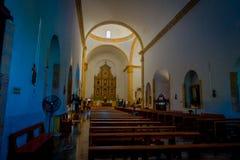 VALLADOLID, MÉXICO - 12 DE NOVIEMBRE DE 2017: Vista interior de la iglesia del santo Servatius de San Servacio en Valladolid, Yuc Fotografía de archivo