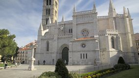VALLADOLID, SPAIN - MARCH 29, 2017: Facade of the Romanesque church of Santa Maria la Antigua, Valladolid, Spain stock video