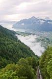 Valle alpestre foto de archivo