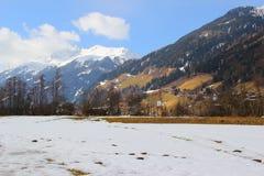 Valle in alpi, Tirolo Immagine Stock