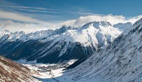 Valle alpina Fotografie Stock Libere da Diritti