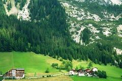 Valle alpina, dolomia Fotografia Stock Libera da Diritti