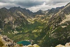 Valle in alte montagne di Tatra, Slovacchia, Europa del lago di pleso di Popradske Fotografia Stock