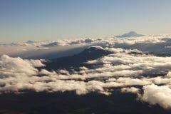Valle andino en la salida del sol vista del Cotopaxi Fotos de archivo libres de regalías