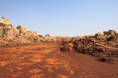 Valle con formaciones fantásticas de los minerales imagen de archivo libre de regalías