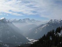 Valle con la niebla Imagen de archivo libre de regalías