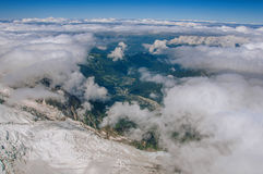 Valle da Aiguille du Midi in alpi francesi Fotografia Stock