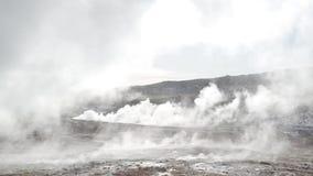 Valle de géiseres en Islandia almacen de video