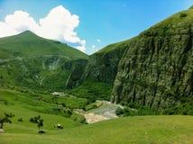 Valle de la montaña Fotos de archivo