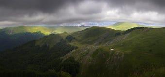 Valle de la montaña en el parque nacional Imagen de archivo