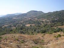 Valle de la montaña en las montañas del tauro fotografía de archivo libre de regalías