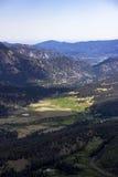 Valle de la montaña rocosa Fotografía de archivo