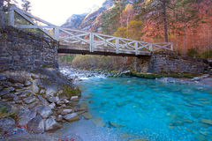 Valle de Ordesa ποταμών Arazas κοιλάδα Πυρηναία Huesca Ισπανία Στοκ Εικόνες